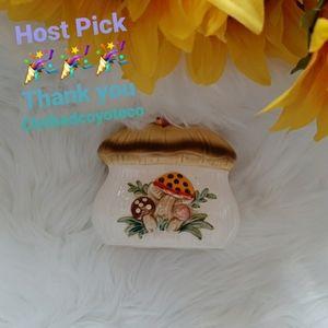 🎉🎉HP🎉Vintage Sears Merry Mushroom Napkin Holder